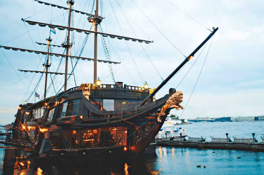 Litetajúci Holanďan - loď