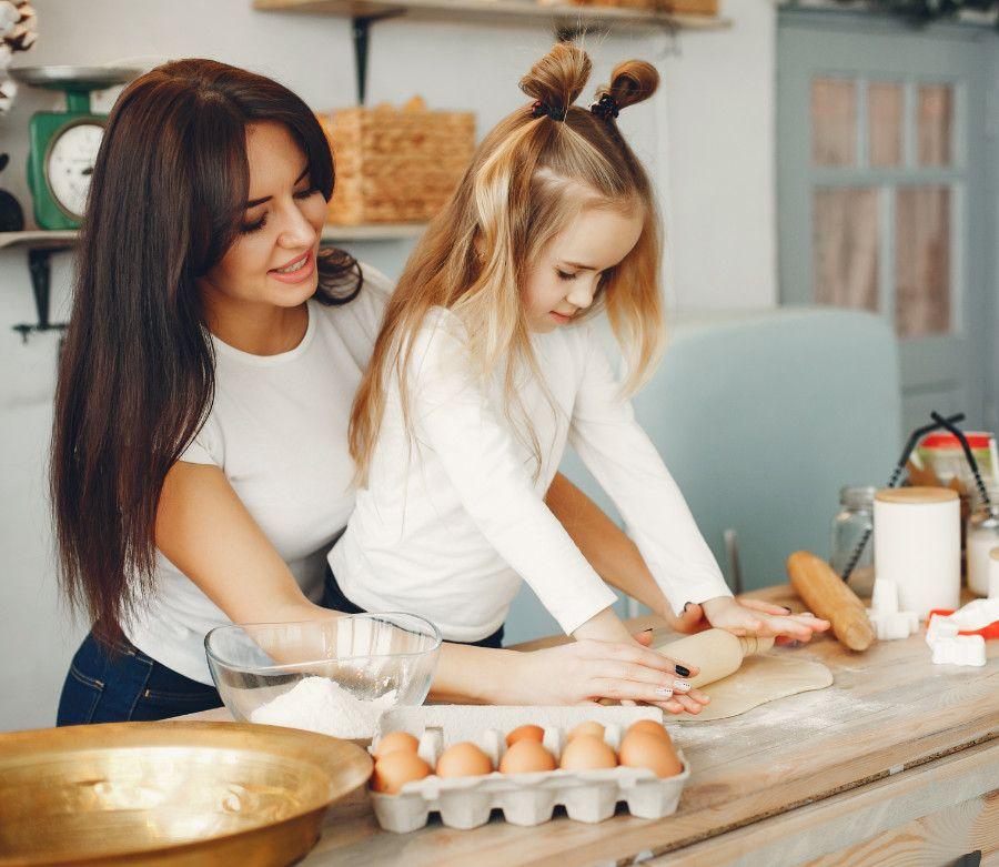 Mama s dcérkou a vajíčka